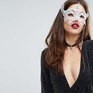 🆕 River Island White Lace Masquerade Mask
